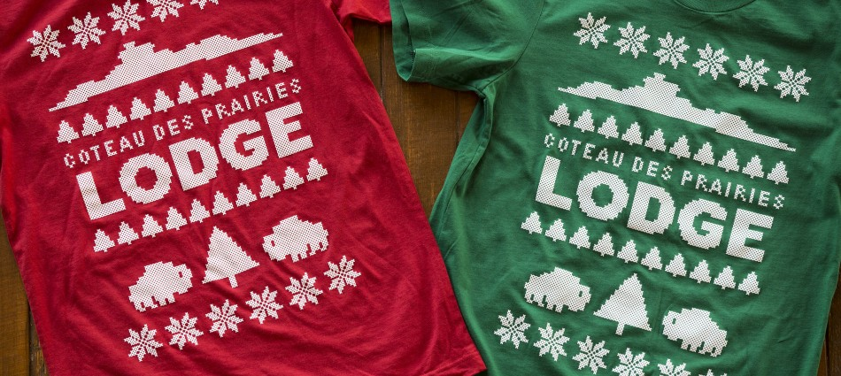 Coteau des Prairies Lodge Holiday Tee