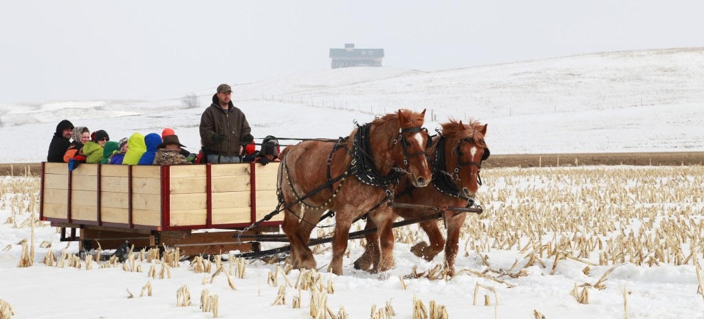 Sleigh Ride at Coteau des Prairies Lodge
